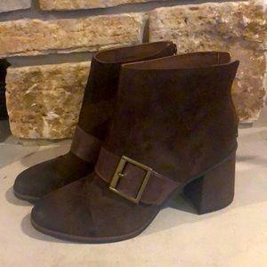 New! Korks Denoon Suede Buckle Boots - brown Sz 10